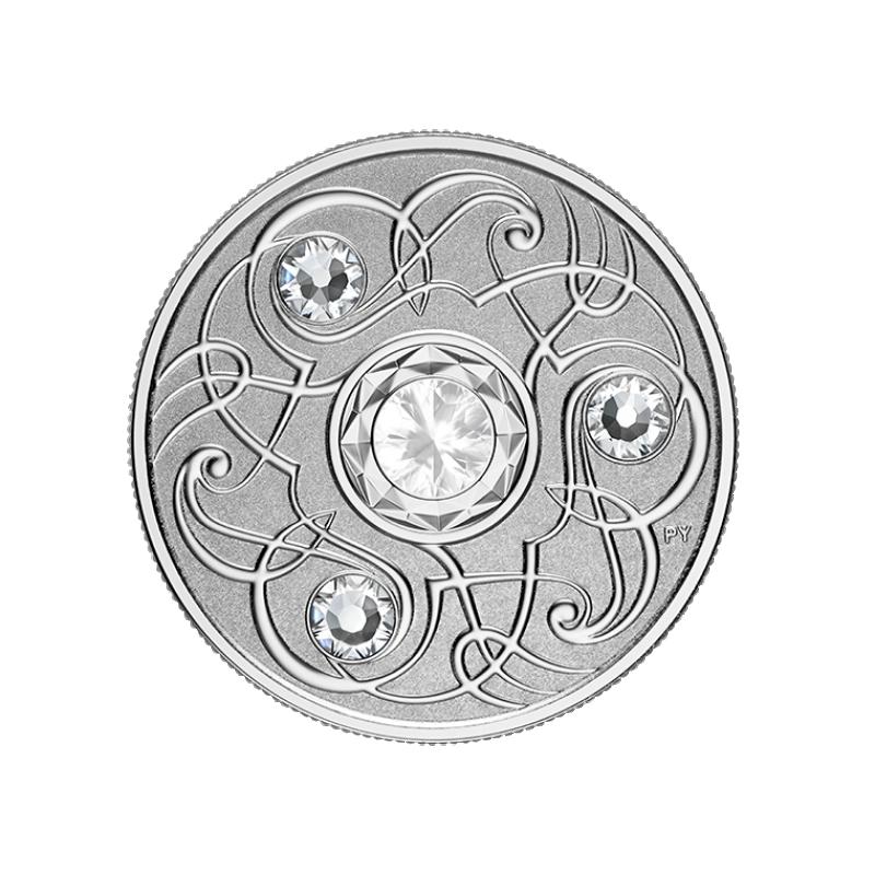 Счастливый камень на июньские дни рождения. Канада 5$ 2020 г. 99,99% серебряная монета с кристаллами Swarovski® 7, 96 г.