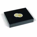 Volterra Trio De-Lux -puidust karp kapslis 26 mm müntidele (2€)